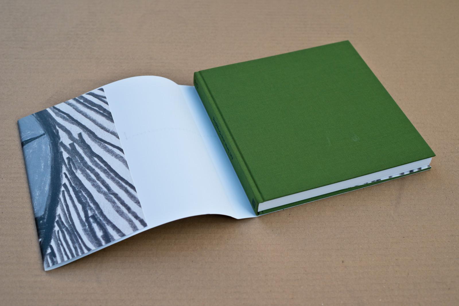 Art brut aus Gugging – Die Sammlung Navratil und spätere Erwerbungen – Katalog – LENTOS Kunstmuseum Linz © Martin Bruner Sombrero Design