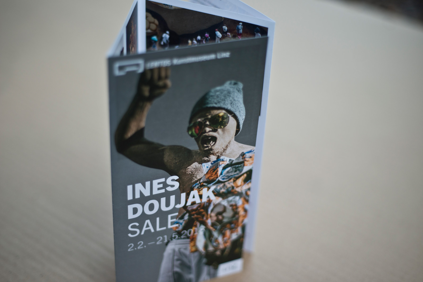 Ines Doujak – Ausstellungs Folder – LENTOS Kunstmuseum Linz © Martin Bruner Sombrero Design